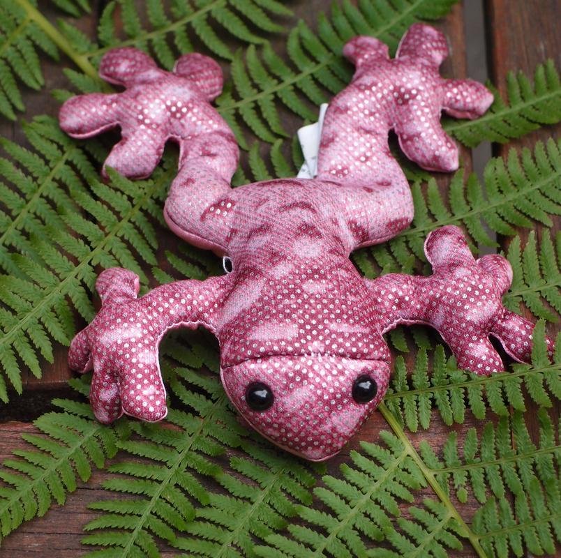 Pink frog - photo#13