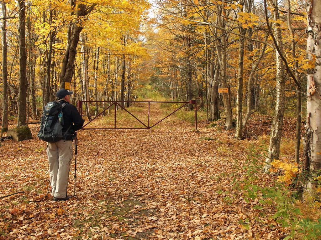 NORTHERN VERMONT HIKING TRAILS - Author: Map Adventures, Hiking, Camping